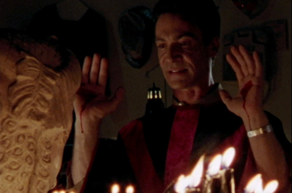 """holiday film reviews: nothing ever happens on halloween: a """"buffy"""