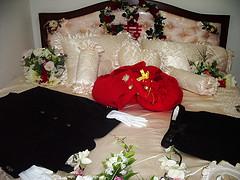 bersetubuh, mimpi bersetubuh, cara bersetubuh mengikut islam, doa bersetubuh, cara bersetubuh, hukum bersetubuh ketika haid, bercinta, hubungan intim, ciuman