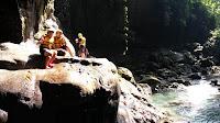 Keindahan Alam Saat Body Rafting DI Green Canyon