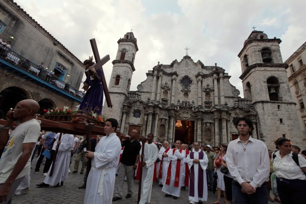 Christianity on the cross in Cuba