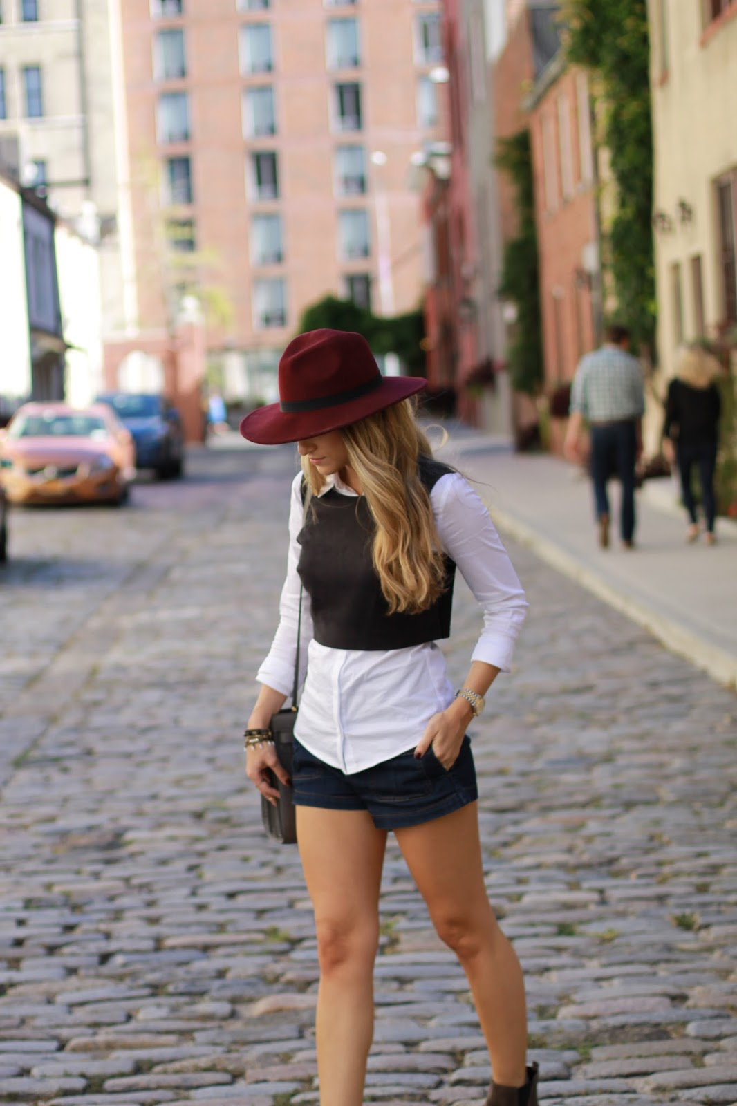 burgundy felt hat, white button down with sweater, dressed4dreams