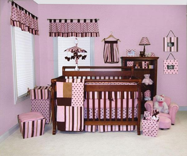 décoration de chambre bébé fille