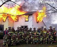 foto lucu, humor pemadam kebakaran, gambar unik