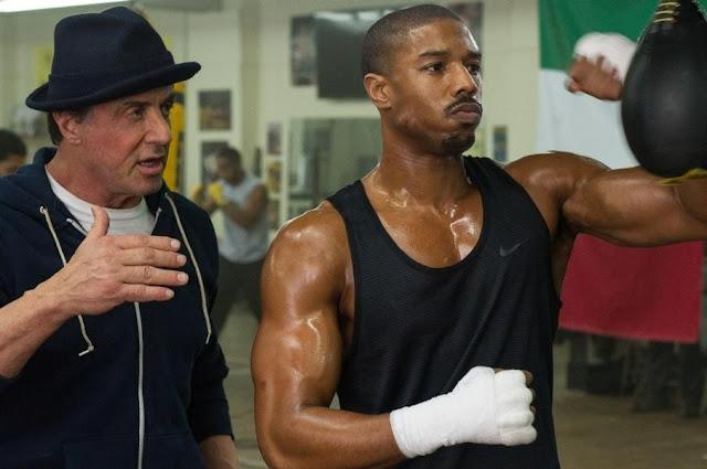 Sylvester Stallone und Michael B. Jordan trainieren.