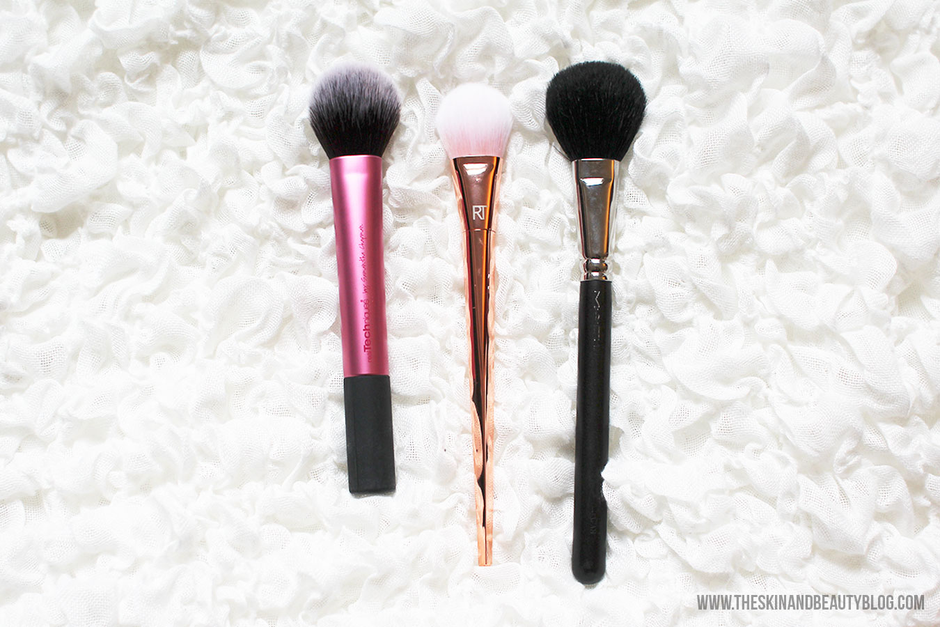 The Real Techniques Brushes Bold Metals 300 Tapered Blush Brush has super soft yet firm synthetic bristles. It is flat on both sides with a domed tapered ...