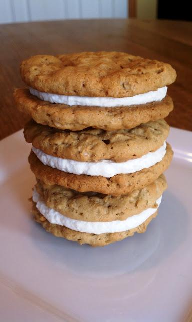 Simply Sweet: Homemade Oatmeal Creme Pies
