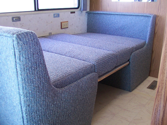 Booth Table For Rv Veneers Pic