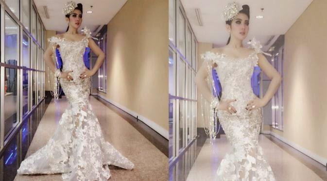 Model Baju Seksi Syahrini Mirip Gaun Artis Hollywood