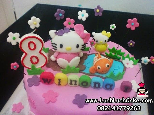 kue tart hello kitty cantik untuk ulang tahun anak