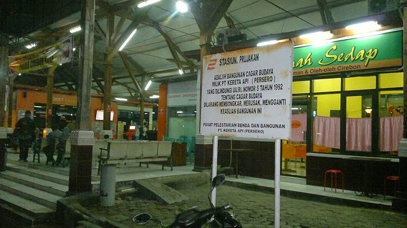 Jadwal dan Harga Tiket Kereta Api Ekonomi Jakarta - Cirebon