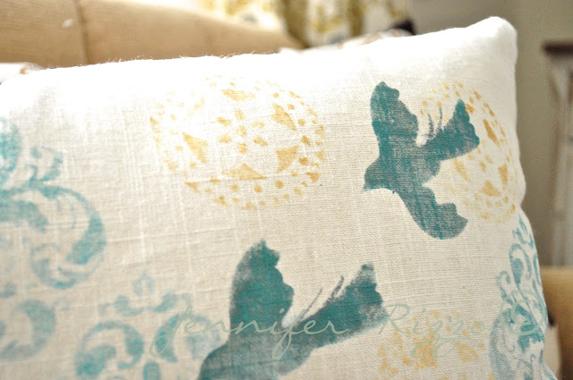 Make your own custom stenciled linen pillows