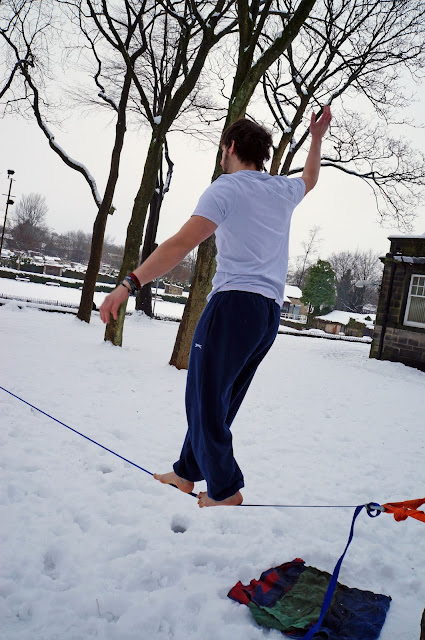 slackline, snow, slack, slacklife, snowline, cold feet, adventure, climb, outdoor, winter, sport