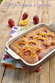 Torta morbida fragole e limone