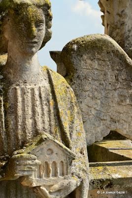 Reims - cathédrale - ange