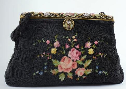 Bolso vintage con cuentas negras