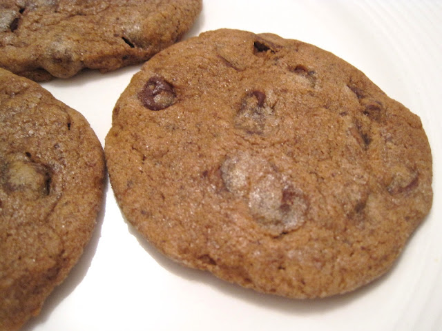 Vegan Cinnamon Espresso Chocolate Chip Cookies - Chloe's Kitchen