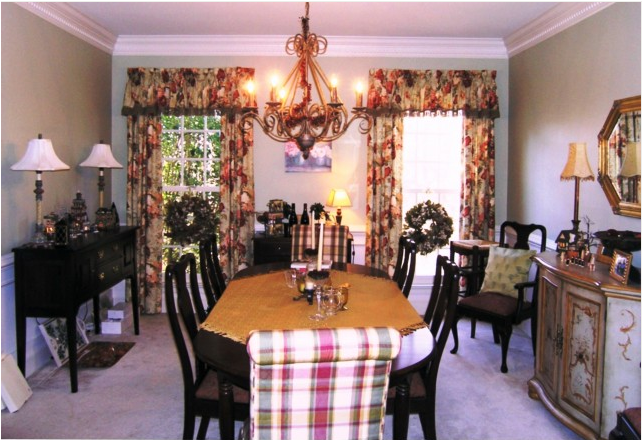 French country dining room design ideas room design ideas for Country dining room decor