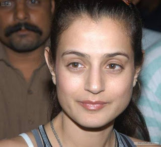 Actress Amisha Patel Without Country Club