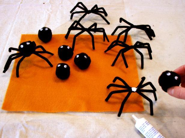 Ara as de halloween para sujetar servilletas para - Como hacer tela de arana ...