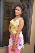 Vishnu Priya glam pics-thumbnail-8