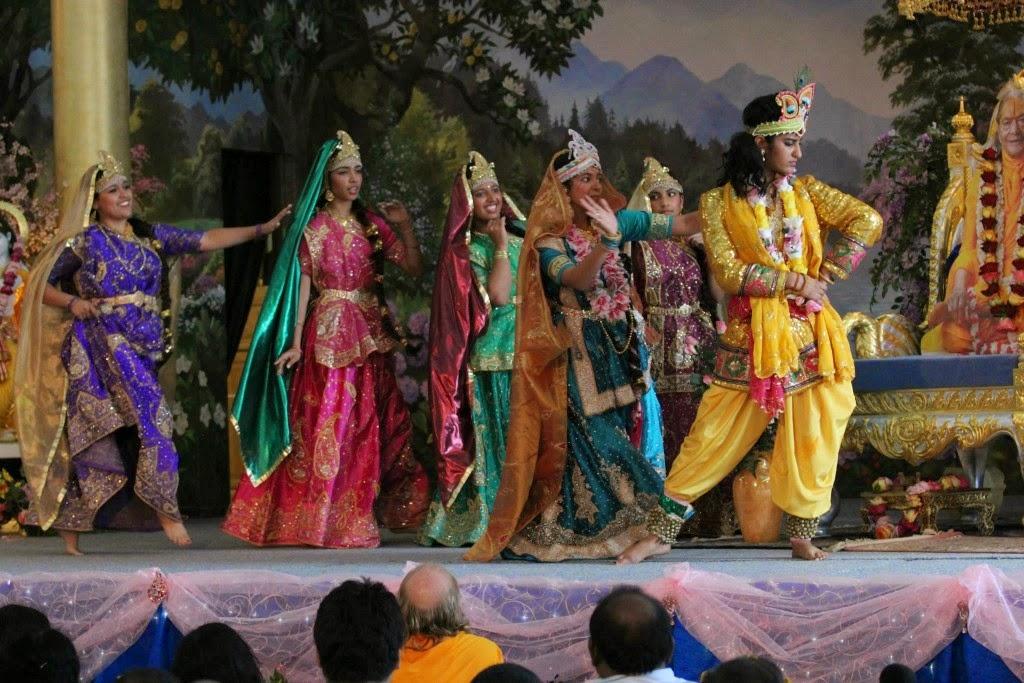 Devotees of Jagadguru Kripalu Ji Maharaj enact leela during Rath Yatra