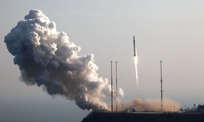 The rocket takes off from its launchpad at Naro, south of Seoul: South Korea has twice before failed to put a satellite into space. Photograph: Kari/AFP/Getty Images