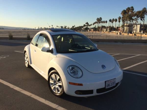 used 2010 volkswagen new beetle by owner. Black Bedroom Furniture Sets. Home Design Ideas