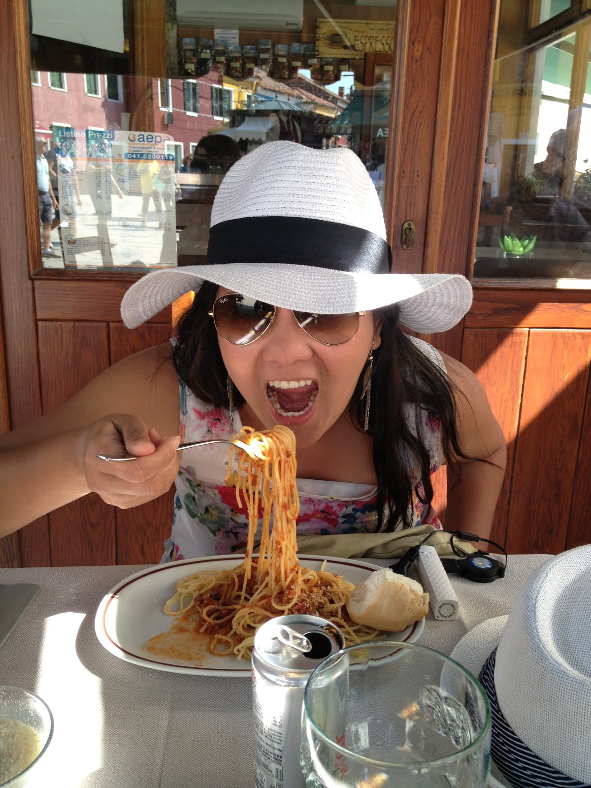 woman vs food