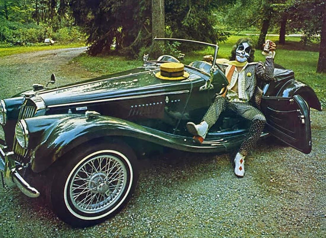 ¿Te gusta conducir? 1975-08-xx+Starz+&+their+Cars+Pic+by+Fin+Costello+8