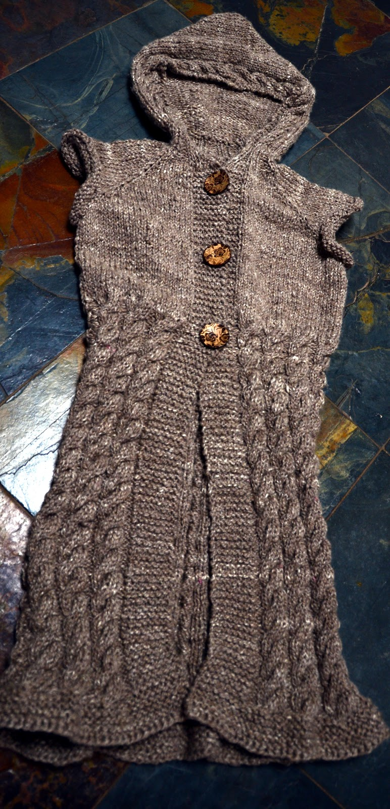 Knitting Pattern Hooded Vest : Arty Ladys blog: Hooded Long Knitted Vest