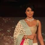 Shreya Ramp walk Photo Gallery