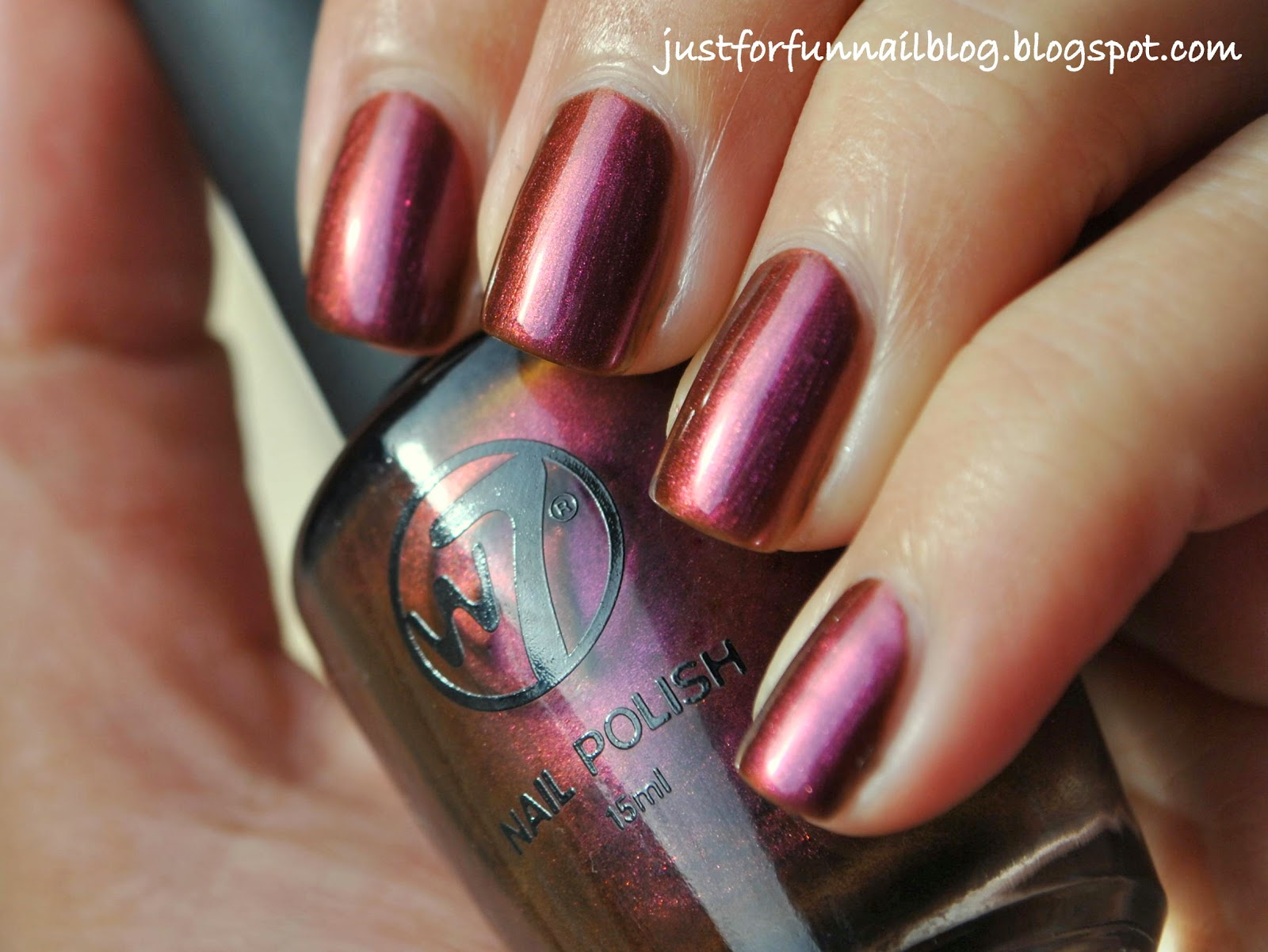 W7 Metallic Mars Swatch