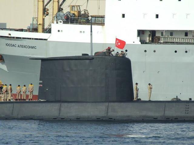 Kapal Selam Turki Hadang Kapal Perang Terbesar Rusia