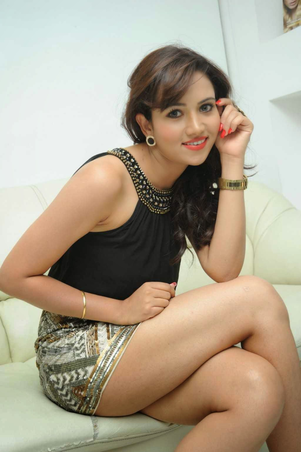 preeti rana hot thigh pictures