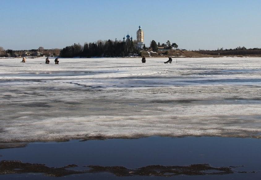 Рыбалка весной по последнему льду