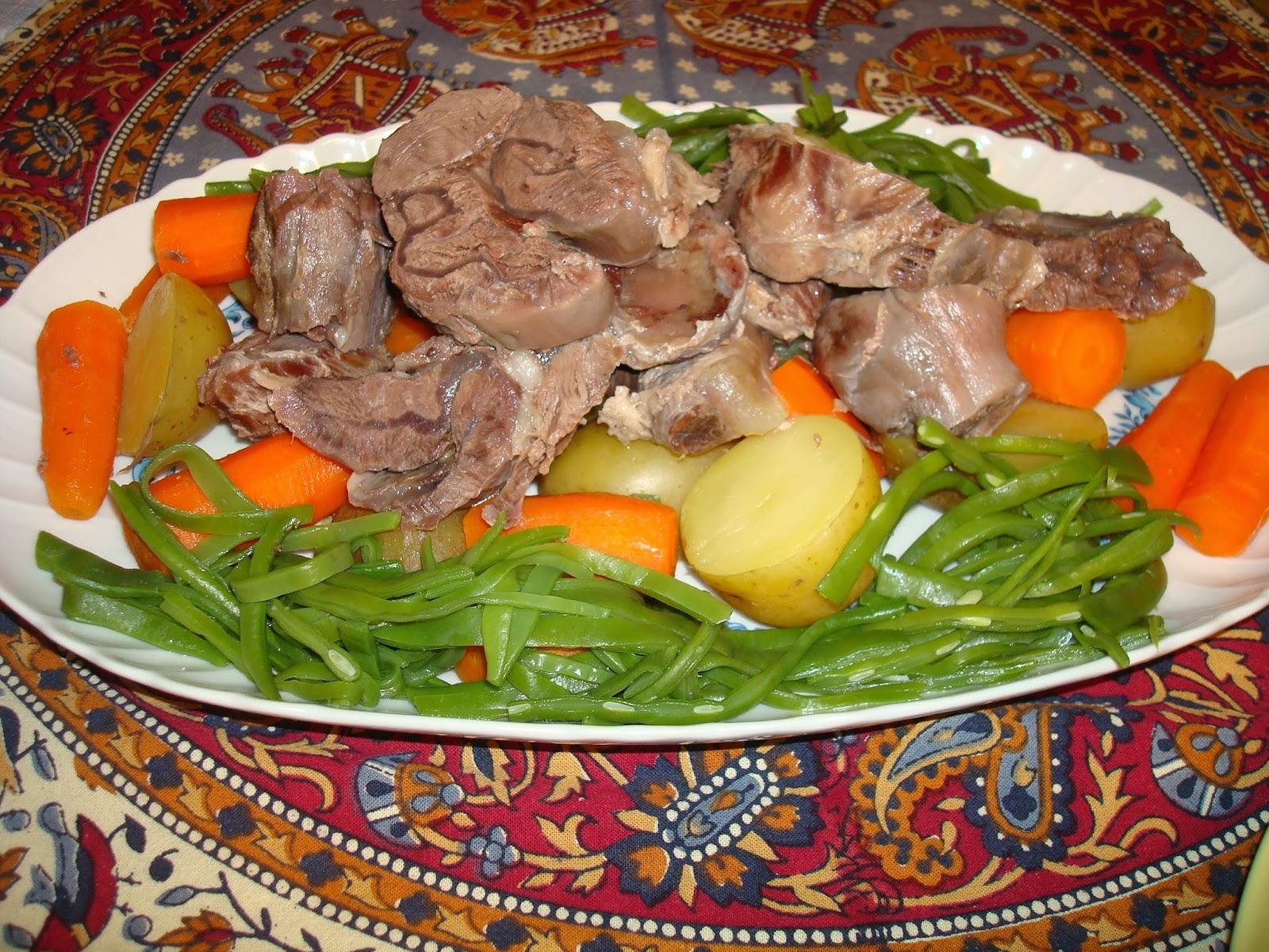 morcillo con verduras y salsa