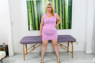 Naughty Lady - rs-Lila_L___6_3112pp_Lila_Lovely_001-788657.jpg