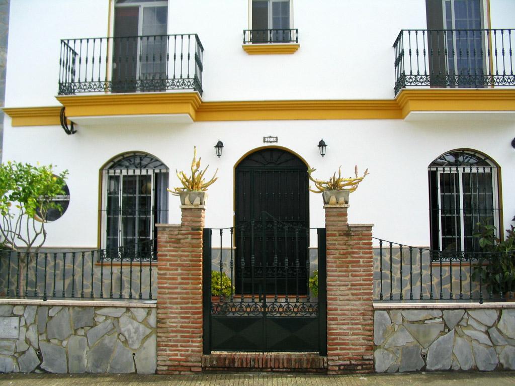 Casa sierra de c diz entrada vivienda planta baja - Porche entrada vivienda ...