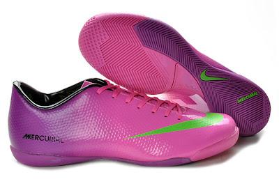harga sepatu futsal nike terbaru 2013