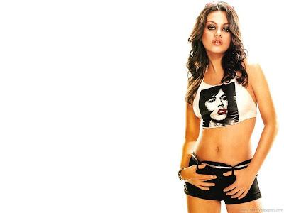 Mila Kunis Celebrity Wallpaper