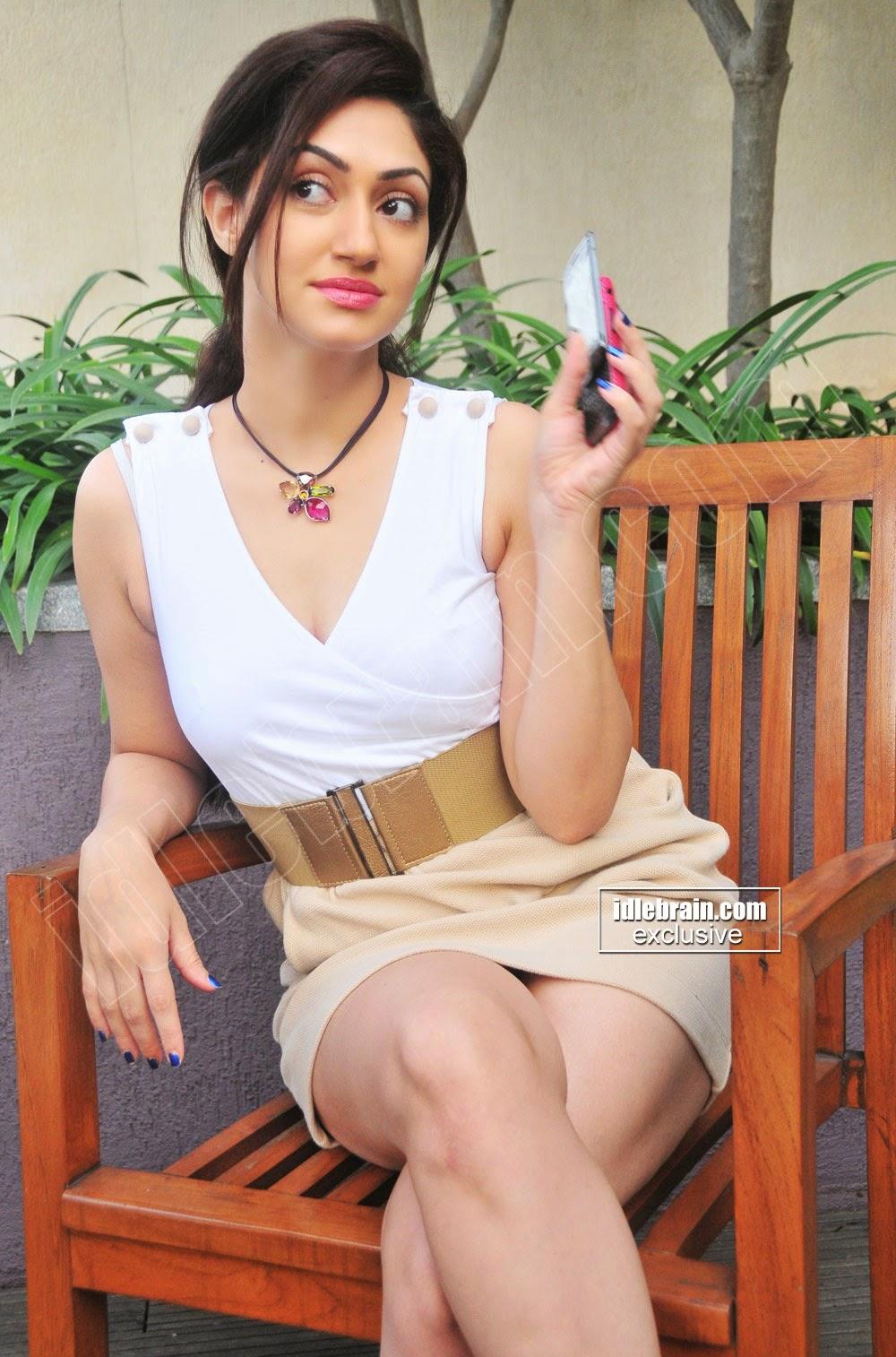 Reyhna Malhotra idlebrain