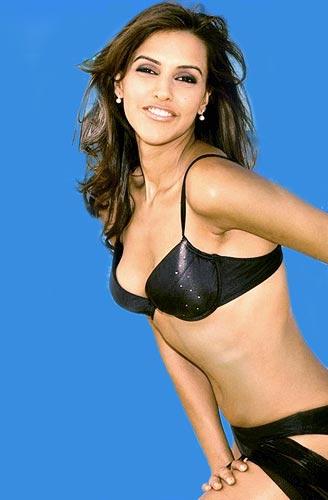 actress Neha Dhupia Hot Photos
