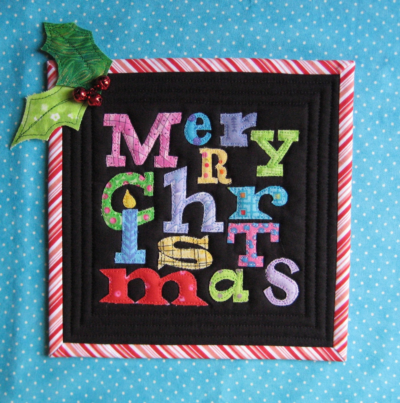 FlossieBlossoms: Christmas Mug Rugs- Sent And Received