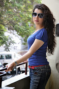 Archana photos in blue top-thumbnail-1