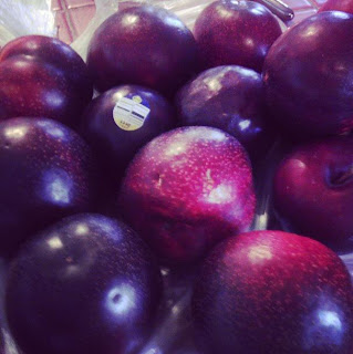 Fresh, ripe plums