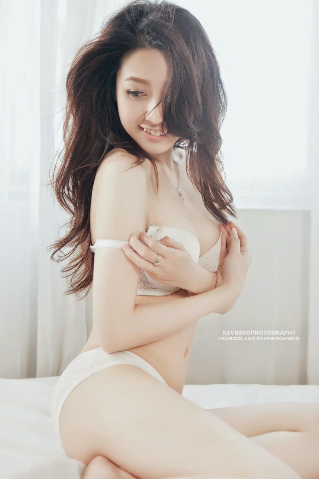 Người đẹp bikini nóng bỏng