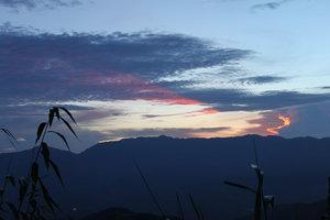 Sunset on the way to Sìn Hồ