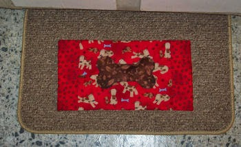 Love To Sew Studio | Free Dog Food Bowl Mat Pattern