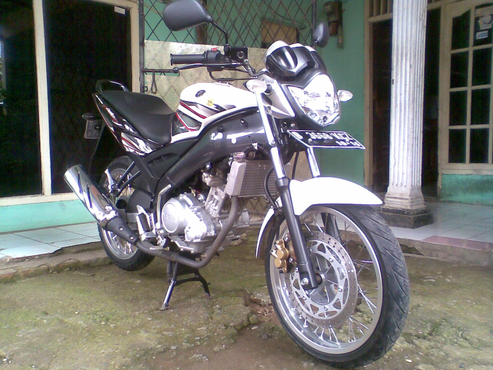 Vixion Putih Jari Jari Modifikasi Yamaha Vixion Putih 2011