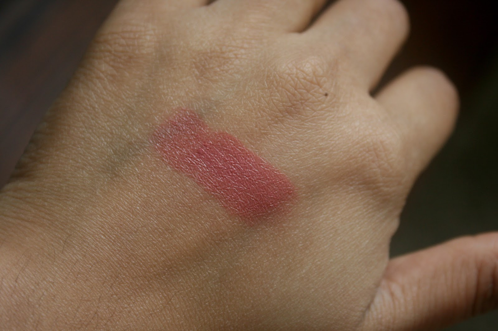 Bite Beauty Butter Cream Lipstick in Heather Swatch